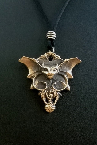189 Batty Pendant